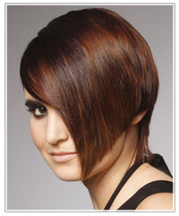 Model with short asymmetrical hair